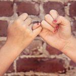 Lifestyle | 1 jaar vriendinnen | Manicure & Op z'n kop kattencafé